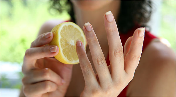 how to grow nails strong and healthy