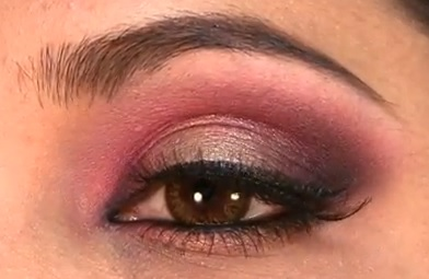 Bridal Eye Makeup With Red Lehenga : Indian Bridal Look with Manish Malhotra pink and off-white ...