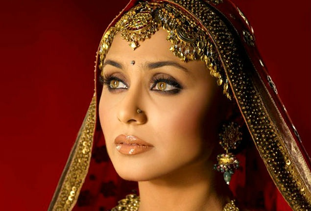 5 Top Tips Bollywood Makeup Artists Swear By