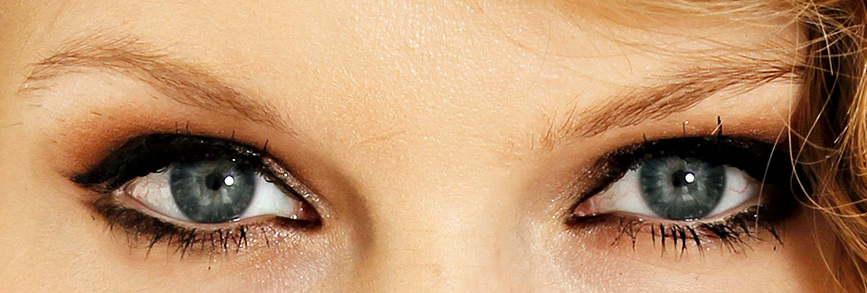 how to wear eyeliner for small eyes