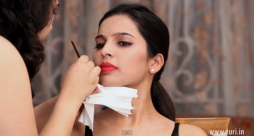 How To Apply Make-up Tutorial: PerfecWinged EyeLiner with Red lips
