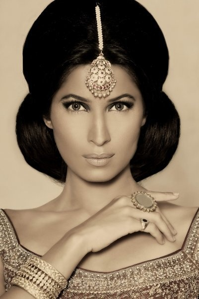 Wedding Hair And Makeup East : 15 Top Indian Bridal Hairstyles Indian Makeup and Beauty ...