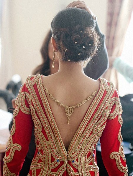 Tremendous 21 Gorgeous Indian Bridal Hairstyles Indian Makeup And Beauty Short Hairstyles For Black Women Fulllsitofus