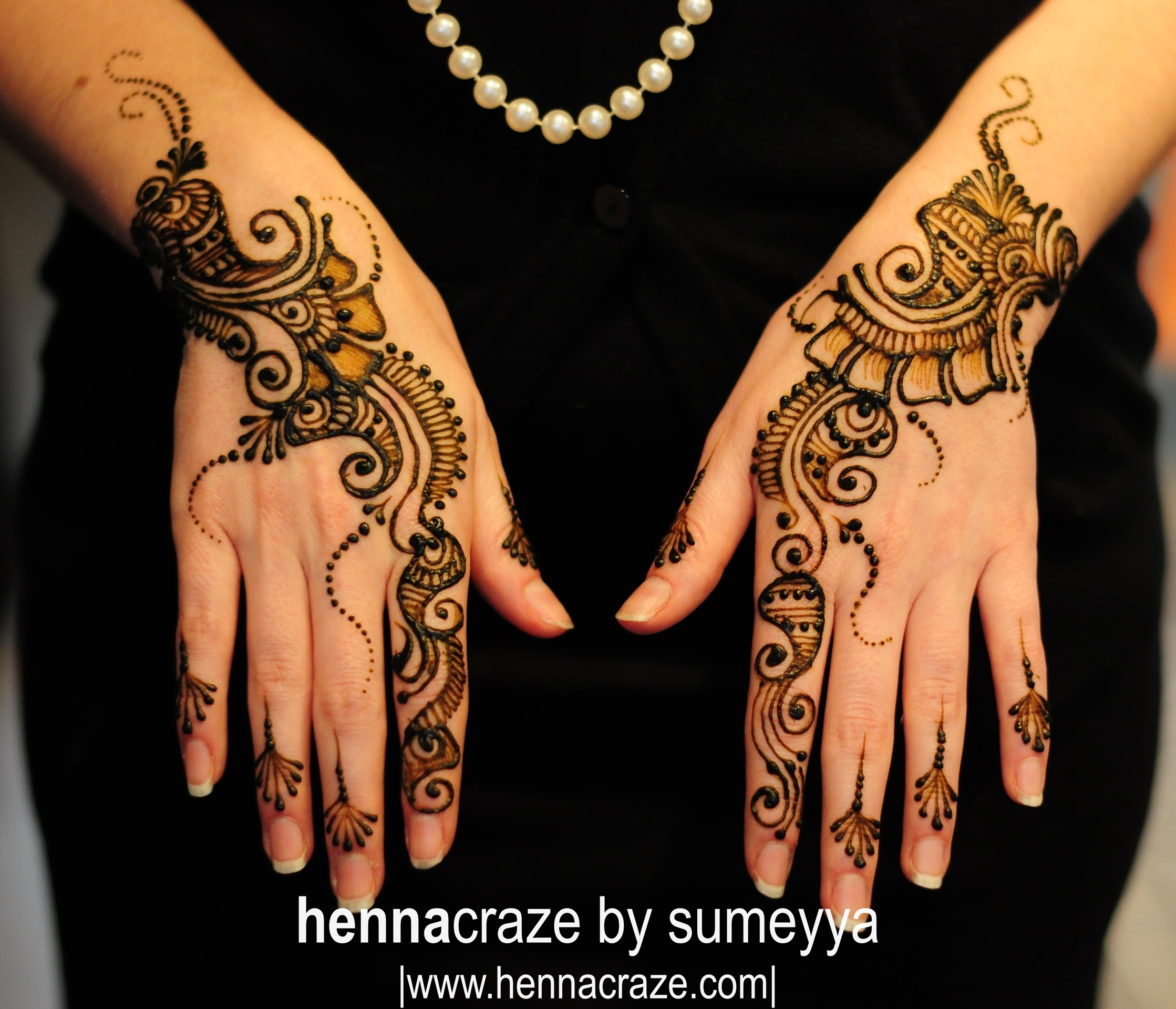 Mehndi Design Couple Hands : Divine bridal mehndi designs by sumeyya indian makeup