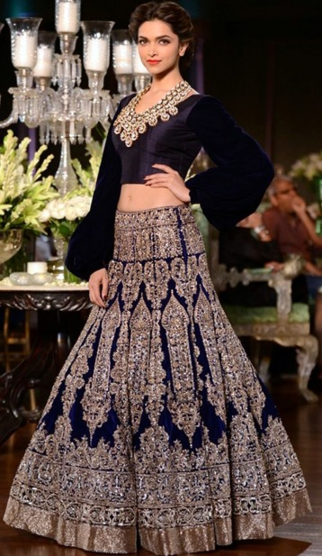 Best Designer Dresses In Delhi History Williamson The 10 Indian Fashion Designers You Should Know Trendy Fashion Long Sleeve Dresses For Women Online