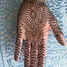 easy mehndi designs for hands 11