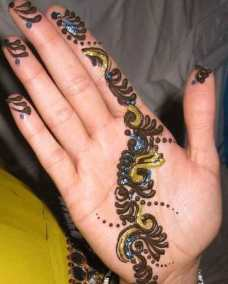 easy mehndi designs for hands 13
