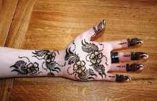 easy mehndi designs for hands 22