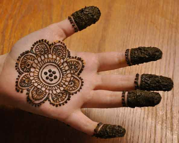 Easy Mehndi Designs For Hands 26  Indian Makeup And