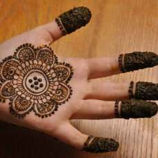 easy mehndi designs for hands 26