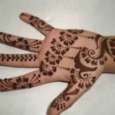 easy mehndi designs for hands 32