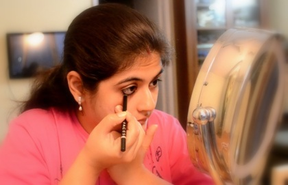 eye makeup with kajal 1