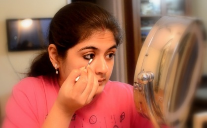 eye makeup with kajal 2