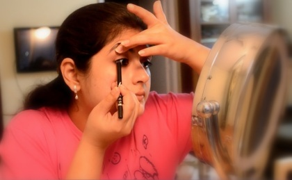 eye makeup with kajal 3