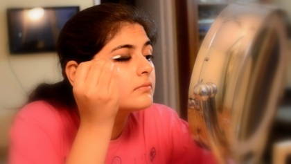 eye makeup with kajal 6
