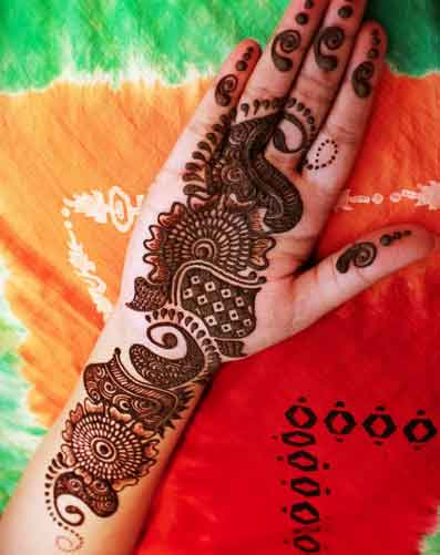 74 Simple mehandi designs for hands: The Ultimate Guide ...