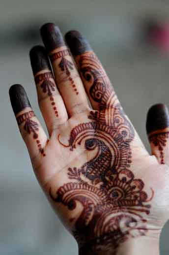 Mehndi Fingers Review : Simple mehndi designs for hands indian makeup and