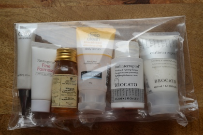 Beauty products to pack for travel 01