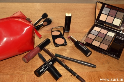 Beauty products to pack for travel 03