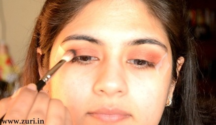 How to apply makeup - Bold red, black & purple eyes 05