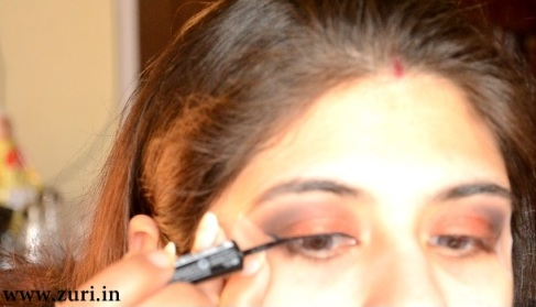 How to apply makeup - Bold red, black & purple eyes 08