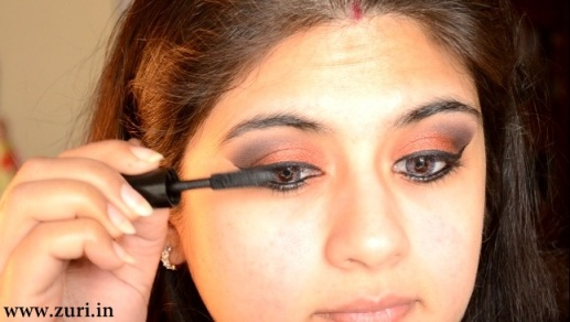 How to apply makeup - Bold red, black & purple eyes 12