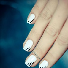 simple nail art designs 11