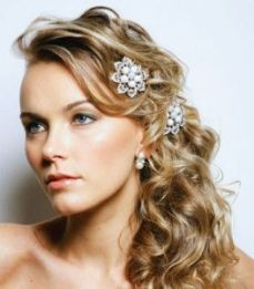 Hairstyles for curly hair 10