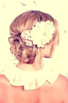 Indian bridal hairstyles updo's 09