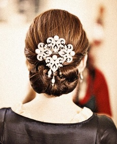 Indian bridal hairstyles updo's 26