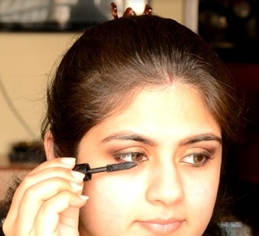 Indian bridal makeup 60