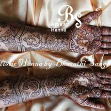 Mehandi designs by Bharathi 16