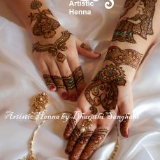 Mehandi designs by Bharathi 18