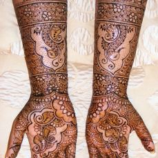 Mehandi designs by Bharathi 20