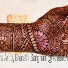 Mehandi designs by Bharathi 22