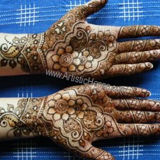 Mehandi designs by Bharathi 24