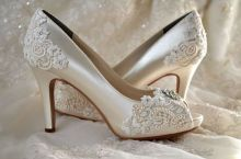 vintage bridal shoes 01