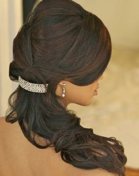 gorgeous hairstyles for navratri nights 10