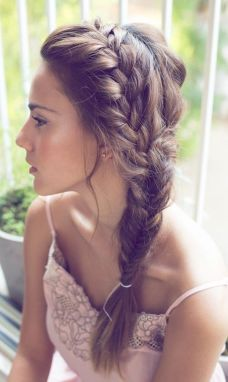gorgeous hairstyles for navratri nights 12