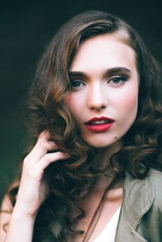hairstyles for curly hair 14