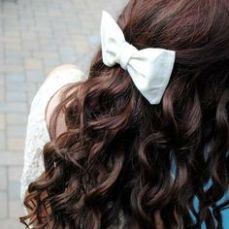 hairstyles for curly hair 17