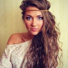 hairstyles for curly hair 26