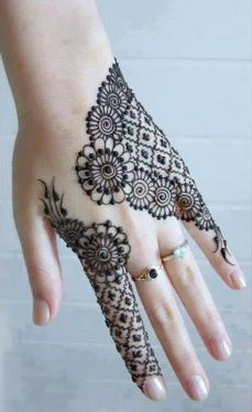 uber cool mehndi designs for navratri 02
