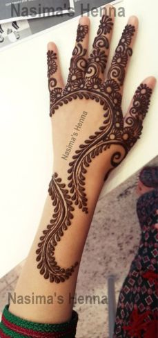 uber cool mehndi designs for navratri 06