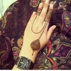 uber cool mehndi designs for navratri 07