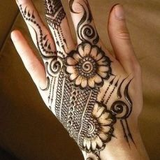 uber cool mehndi designs for navratri 13