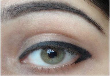 How to apply eyeliner 29