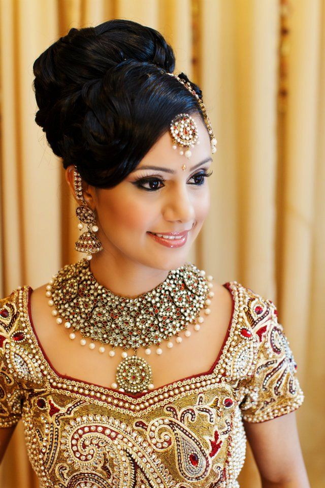 Fine 21 Beautiful Indian Bridal Hairstyles Zuri Hairstyle Inspiration Daily Dogsangcom