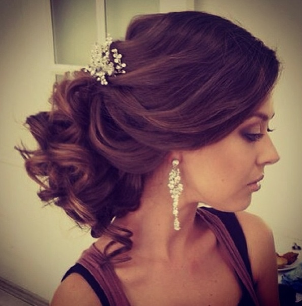 Wedding Hairstyles Indian: 21 Beautiful Indian Bridal Hairstyles