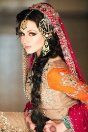 Indian bridal hairstyles 35